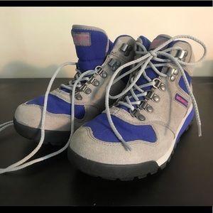 Merrell Women's snow/hiking boots; Size 8